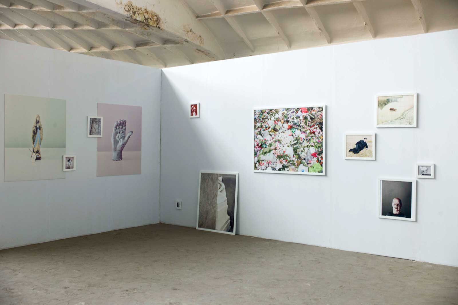 ""\""""Back and Forth"""" Exhibition""1600|1065|?|en|2|9b11bc12c7c0dd5e035ff1c344b681a4|False|UNLIKELY|0.2845599055290222